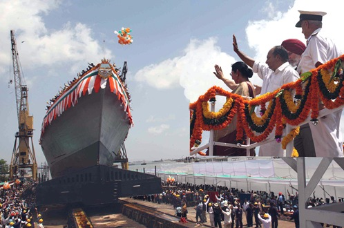 The Defence Minister, Shri A. K. Antony and his wife, Smt. Elizabeth Antony waving hands to the warship 'Chennai', the 3rd of Kolkata Class Destroyer, at Mazagon Docks Limited, in Mumbai on April 01, 2010.