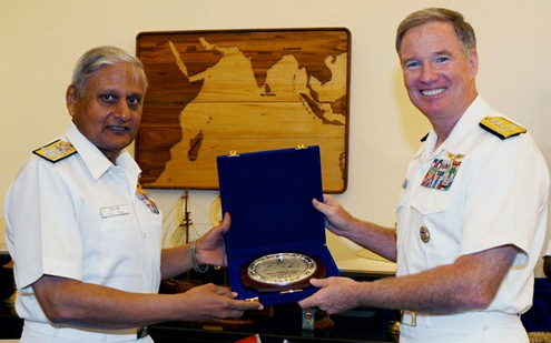 Admiral_Patrick_Michael_Walsh_Commander_US_Pacific_Fleet_Admiral_Nirmal_Verma_Indian_Navy