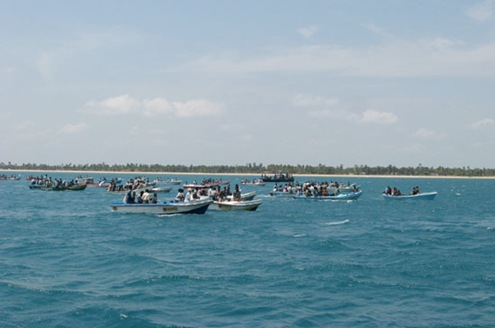 Sri_Lanka_Navy_rescue_1